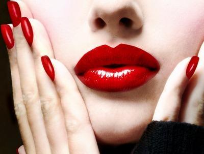 Lakukan 6 Tips Ini Agar Lipstik Tahan Lama di Bibir Cantikmu