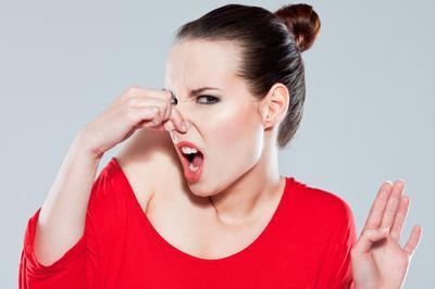 Kenali 4 Penyebab Bau Badan Beserta Cara Mencegahnya