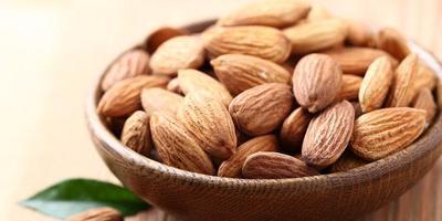 3. Kacang & Biji-bijian