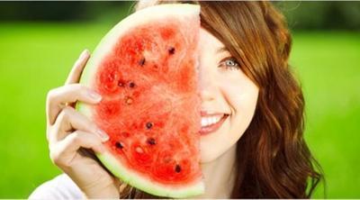 Apa Kamu Suka Semangka? Ketahui Manfaatnya untuk Kecantikan