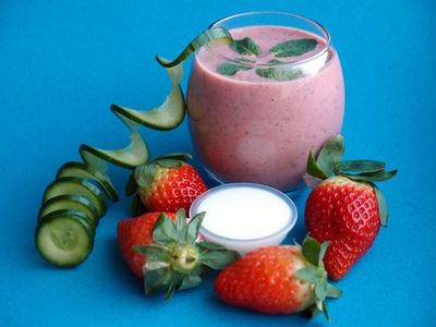 Strawberry Cucumber Smoothie