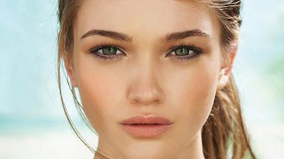 Trik Makeup Tepat untuk Samarkan Wajah Lelah