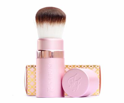 too faced kabuki brush. source: http://correctormakeup.blogspot.co.id/2016/02/too-faced-brush.html too faced kabuki brush b