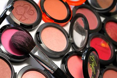 Tips Memilih Warna Blusher Sesuai Warna Kulit