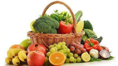 3. Mengonsumsi Buah dan Sayur