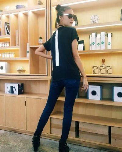 Saatnya Kamu Tampil Stylish Dengan Tips Mix N Match ala Top Model Juwita Rahmawati
