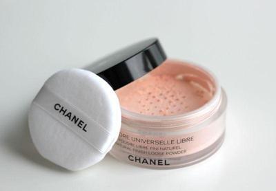 2. Chanel Poudre Universelle Libre Powder