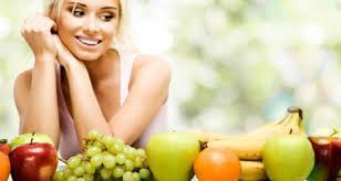 4 Tips Makanan/Minuman untuk Merawat Kulit Wajah