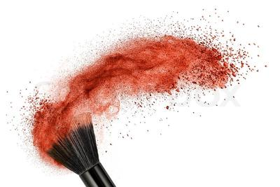Langkah Tepat untuk Bersihkan Makeup Brush dari Valensia Ng