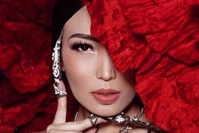 Tren Makeup dari China Berikut Bisa Membuatmu Terlihat Seperti Ini (Bagian 1)