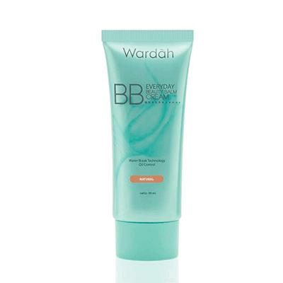 Makeup Natural dengan BB Cream