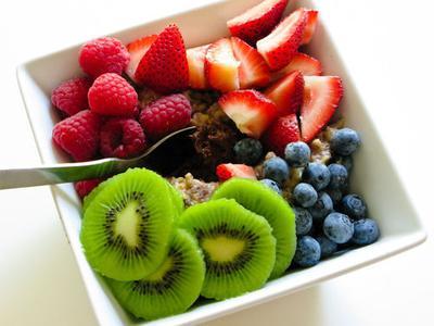 Pentingnya Mengonsumsi Buah dan Sayuran untuk Menjaga Berat Badan