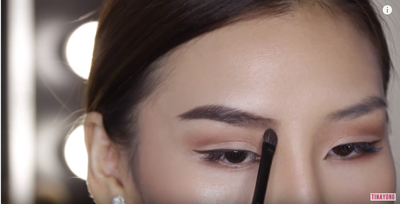 Step 8 - Blending Alis dengan Brush