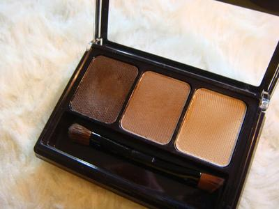 Brow and Nose On Fleek With Maybelline Fashion Brow 3D Pallete
