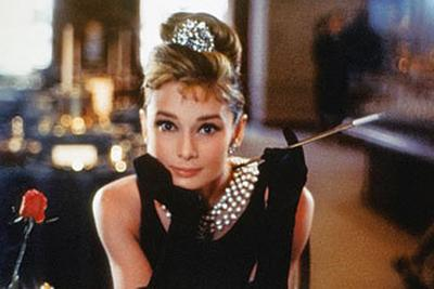 5 Tips Timeless Look dari Audrey Hepburn