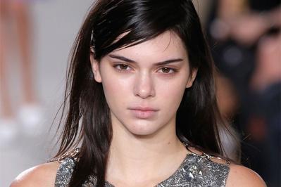 4 Inspirasi Makeup ala Kendall Jenner