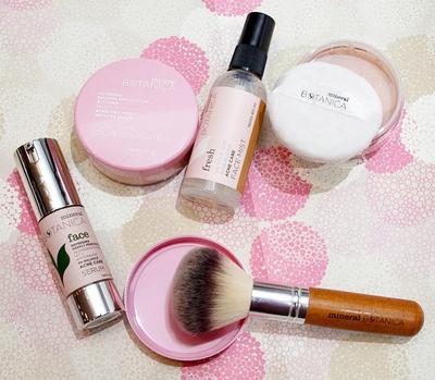 Daily Skincare untuk Atasi Kulit Berjerawat dari Brand Lokal Mineral Botanica