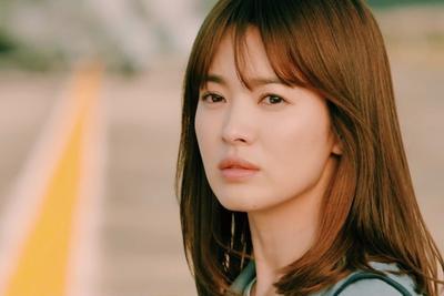 Song Hye Kyo (Descendants of the Sun)