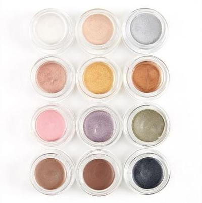 Revlon Colorstay Crème Eyeshadow dengan Built-In Brush