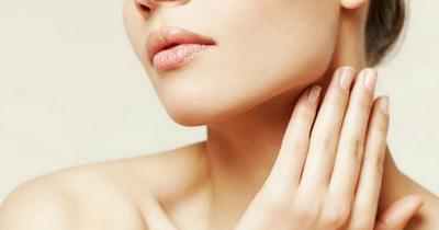 Hanya 15 Menit untuk Putihkan Leher yang Hitam