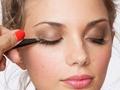 Untuk Para Pemula, Ini Cara Menggunakan Fake Eyelashes Seperti Para Profesional