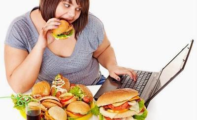 7 Makanan Lezat Ini Ternyata Bikin Kamu Cepat Tua