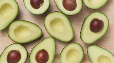 Tak Disangka, Ternyata Buah Sehat Ini Memiliki Kalori Lebih Tinggi Dari Cokelat