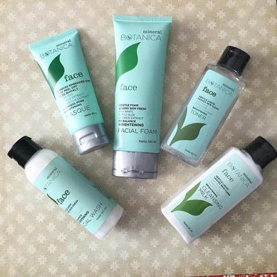 Ini Dia Skincare Set dari Mineral Botanica Untuk Cerahkan Wajah Kusammu!
