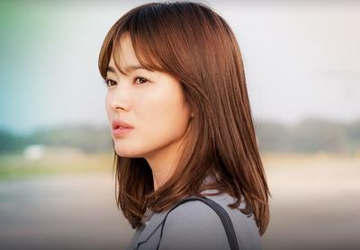 Ternyata, Begini Cara Bikin Make Up Ala Song Hye Kyo di Drama Descendants of the Sun