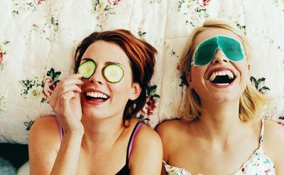 5 Perawatan Kulit Wajah yang Harus Kamu Lakukan di Usia 20-an