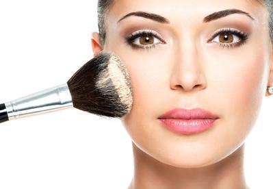 Inilah Trik dan Mitos dalam Ber-Makeup yang Meyesatkan