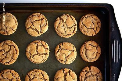 Resep Biskuit Ginger Molasses Cookies yang Lembut untuk Hari Natal
