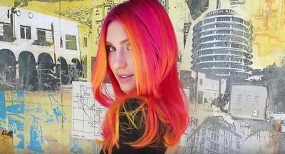Hair Trend Alert! Glow in The Dark Hair dari Guy Tang yang Jadi Viral di Instagram