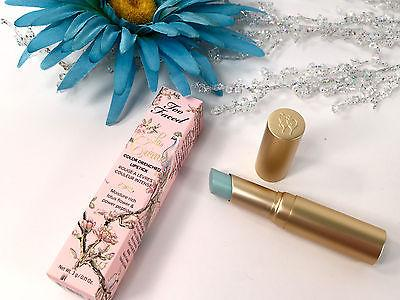 Bibir Cantik Bagai Magic! Too Faced La Crème Color Drenched Lipstick, Unicorn Tears