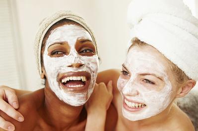 3 DIY Facial Wash Hanya dengan Yogurt yang Ampuh Atasi Kulit Kering