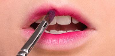 Begini Trik Lip Make-up Sesuai Tipe Bibir Agar Terlihat Makin Seksi