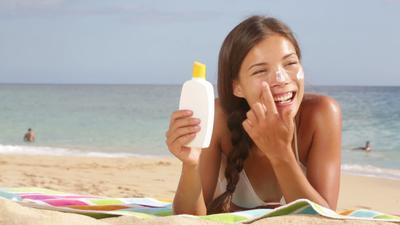 Hindari Kanker Kulit, 9 Daerah Kulit Berikut Tak Boleh Terlewatkan Saat Menggunakan Sunscreen