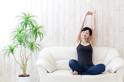 Jangan Biarkan Bahu Nyeri dan Pegal, Coba Atasi dengan Towel Stretching!