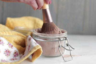 Yuk Buat Sediri DIY Powder Foundation Alami untuk Kulit Sawo Matang dan Kuning Langsat!