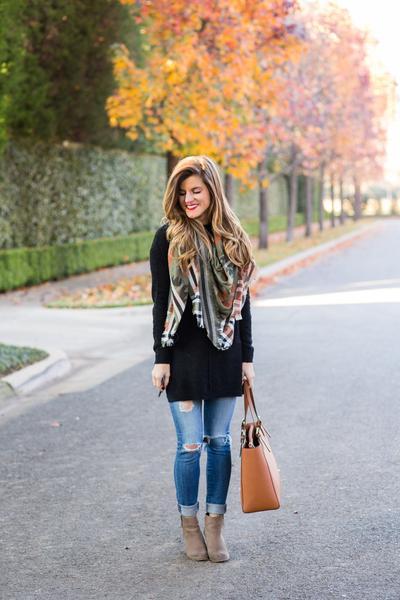 1. Skinny Jeans