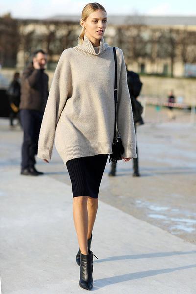 5. Pencil Skirt