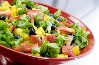 Resep Salad Di Bawah Ini Dapat Membantu Mengencangkan Kulit Tubuh Dan Wajah!