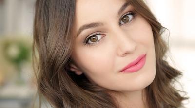 Tutorial Make up dengan 1 Set Produk Oriflame Ini Hasilnya Glowing Banget, Penasaran?