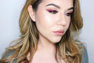 Menggunakan Liquid Lipstick untuk Eyeliner. Amankah?