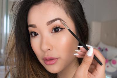 Bentuk Alis yang Cantik dengan 5 Produk Eyebrow Korea Ini