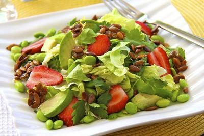 3. Salad Alpukat