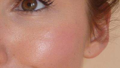 Buat Kamu Penggemar Makeup Natural, Lip and Cheek Tint Pink Ini Dapat Kamu Andalkan