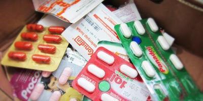 Tips Supaya Tetap HangatSiapkan Obat-Obatan