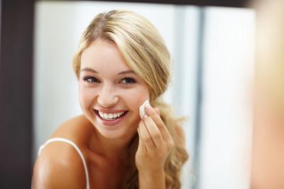 Jamsu: Teknik Make Up Super Unik untuk Dapatkan Make Up Flawless, Matte dan Tahan Seharian!