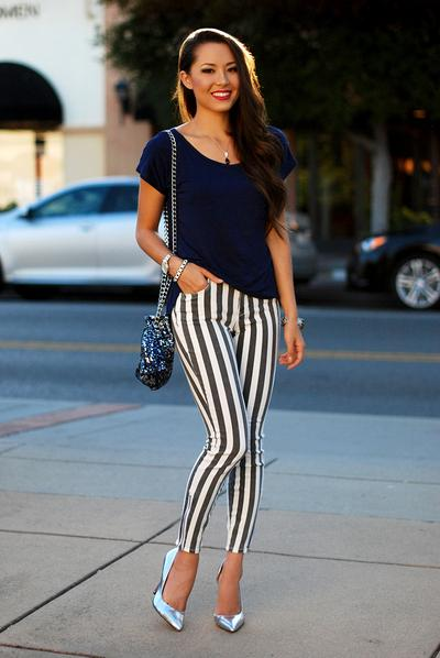 It's Time for Vertical Stripes Outfits